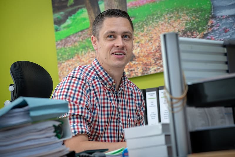 Chris Tolley - Contracts Engineer Kimpton Energy Solutions - North West