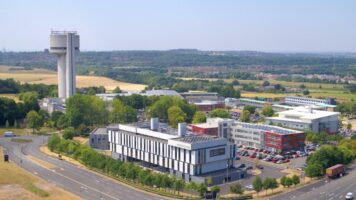 Daresbury labs with PPM by Kimpton